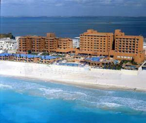 Barcelo Tucancun Beach